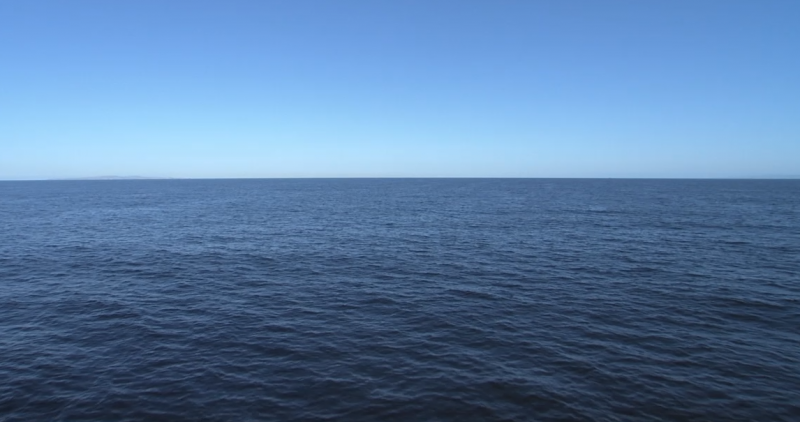 A clean-looking, open ocean.