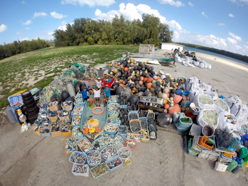 The cleanup team removed, sorted, and tallied 32,201 pounds of marine debris! (Photo Credit: NOAA PIFSC, Coral Reef Ecosystem Program)